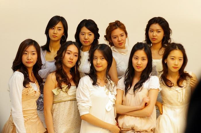 소녀시대 닮은 애들...
